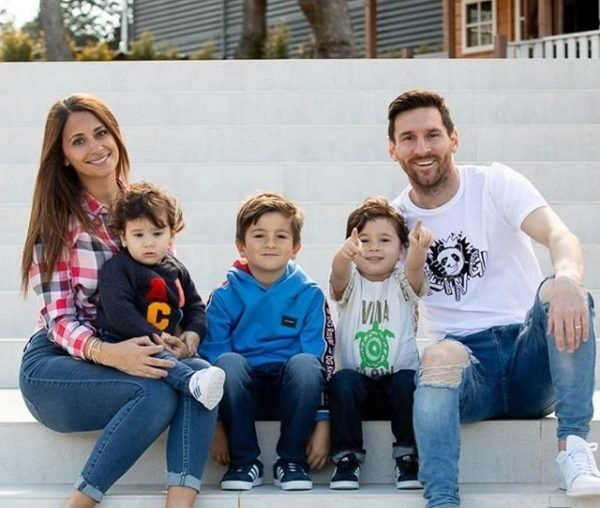 surprise-lionel-messi-for-his-wife-2-600x564