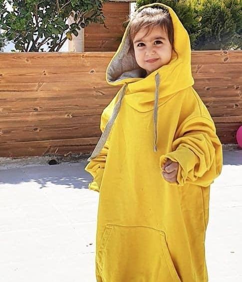 لباس خنده دار دختر محسن کیایی
