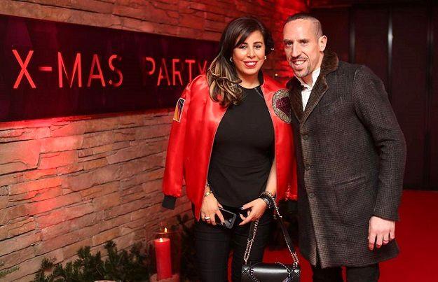 سورپرایز فوق لاکچری همسر ستاره فوتبال + عکس