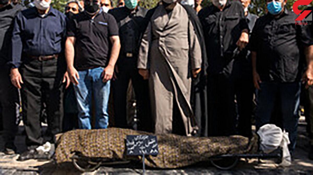 پیکر فتحعلی اویسی در مراسم خاکسپاری|فیلم