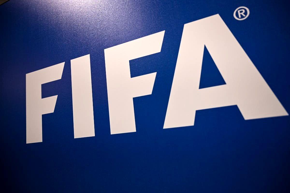 نامه تهدیدآمیز فیفا: دولت دخالت کند تعلیق میشوید