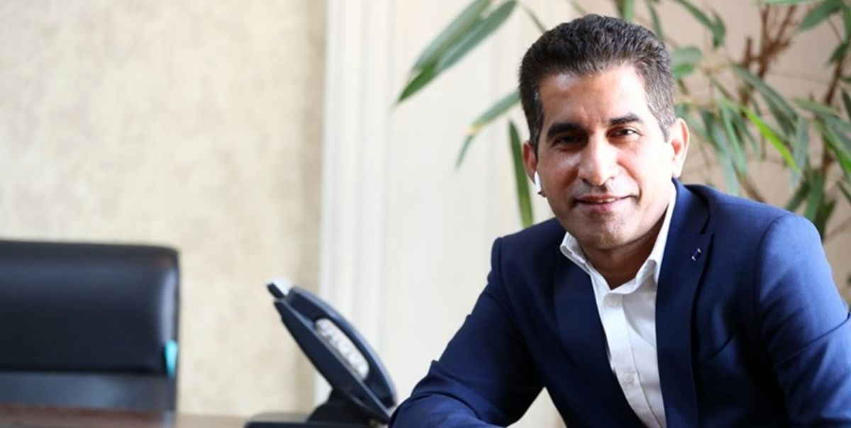 برای تایید آزادی نماینده فیفا به ایران می آید