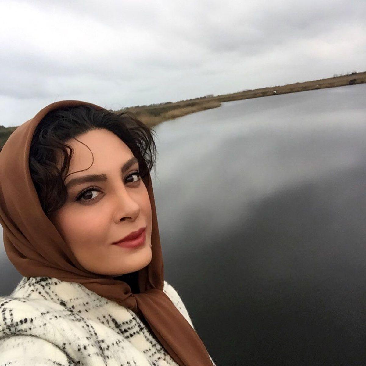 حدیثه تهرانی در آغوش همسرش