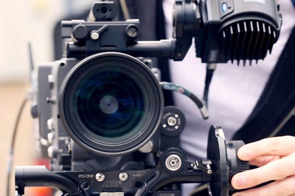 بدل ایرانی ستاره زن هالیوود جلوی دوربین فیلم دربند|عکس