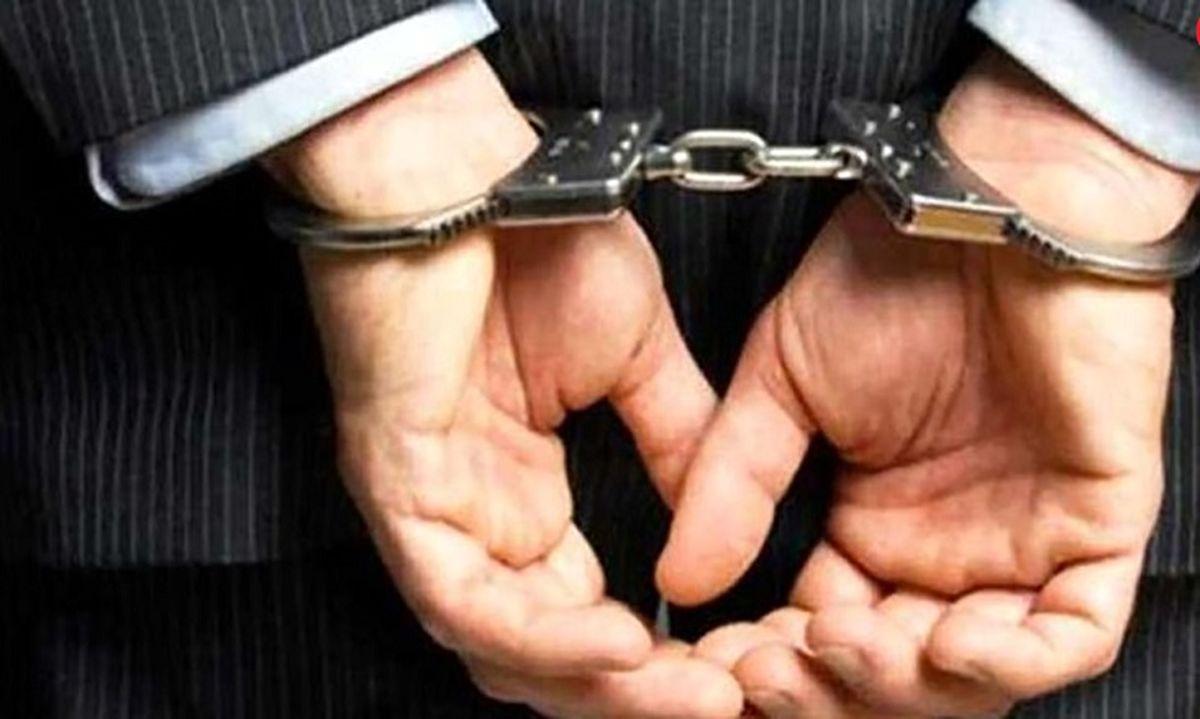 فوری؛دستگیری بازرس قلابی بیت رهبری + عکس و جزئیات