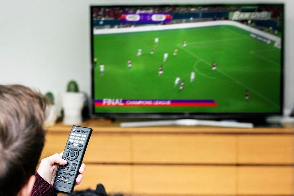ساعت پخش زنده فوتبال امروز ۳۱ مرداد از تلویزیون + جدول