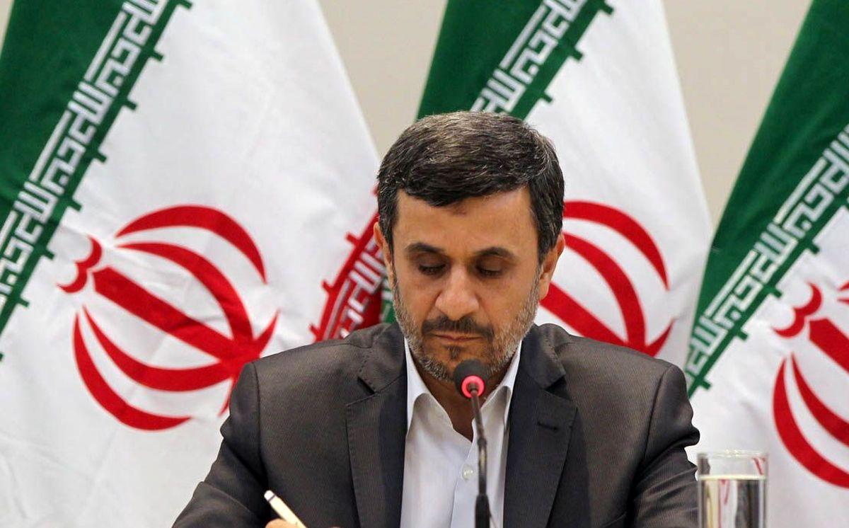 محمود احمدی نژاد برای انتخابات 1400 برنامه ریزی دقیق کرده+جزئیات مهم