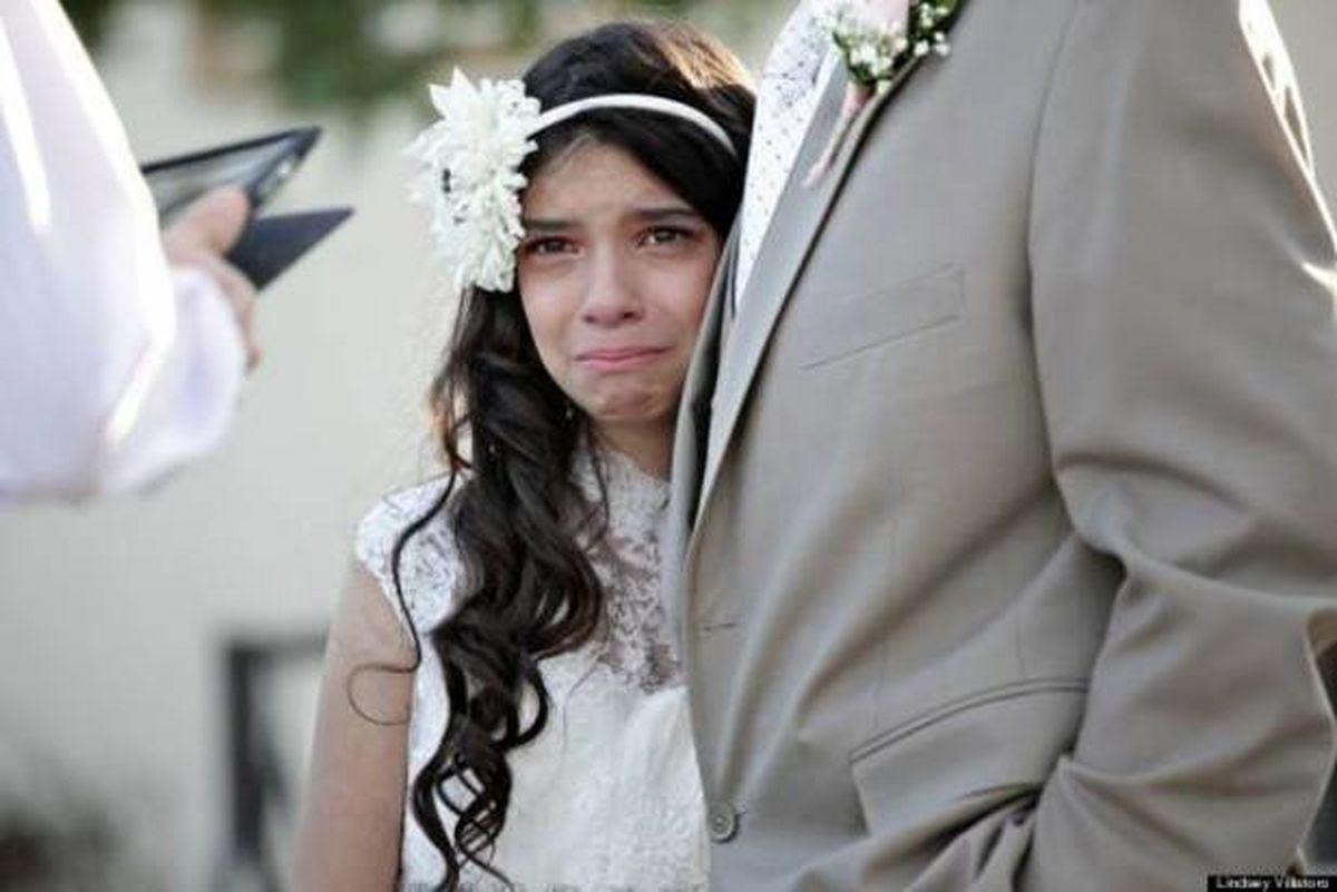 ازدواج جنجالی دختر ۱۱ ساله با پدرش! + عکس عروسی