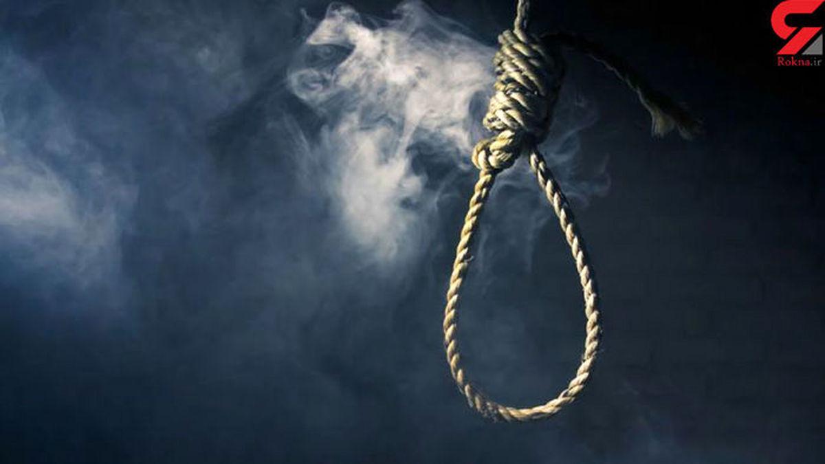 خودکشی تلخ دختر نوجوان با طناب دار