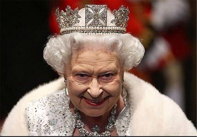 ملکه انگلیس با حجاب شد! + عکس ویژه